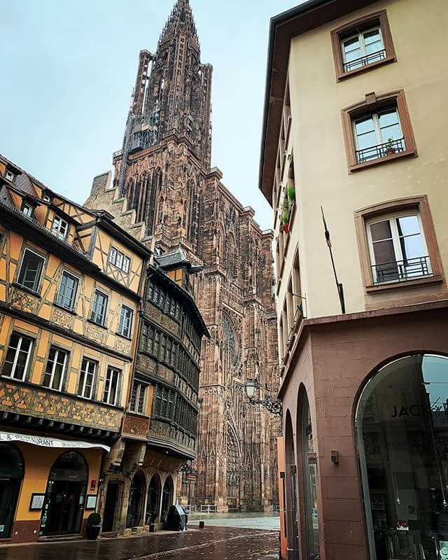 Ça va, elle est toujours là #Strasbourg