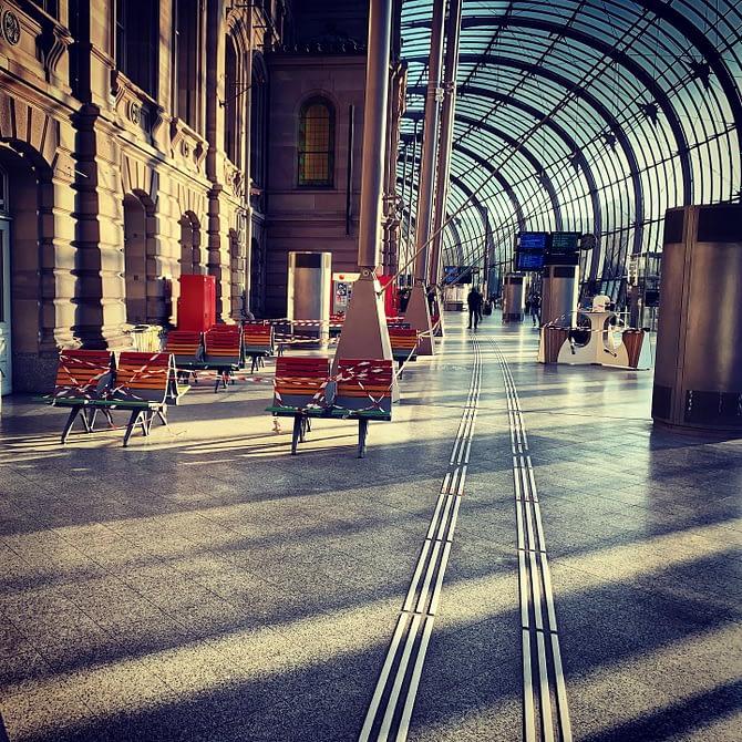 Gare confinée