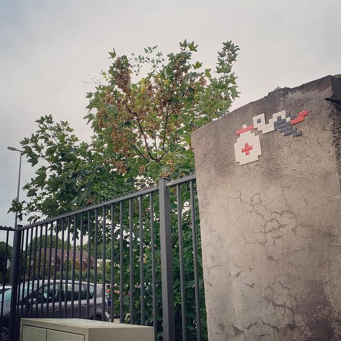 Hôpital (civil) by @stork_pixelart #streetart #strasbourg