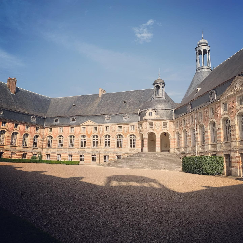 Arrêt à Saint-Fargeau