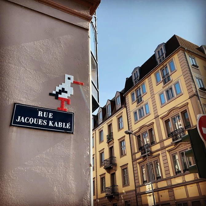 Encore une ! #cigogne by @stork_pixelart #streetart #strasbourg