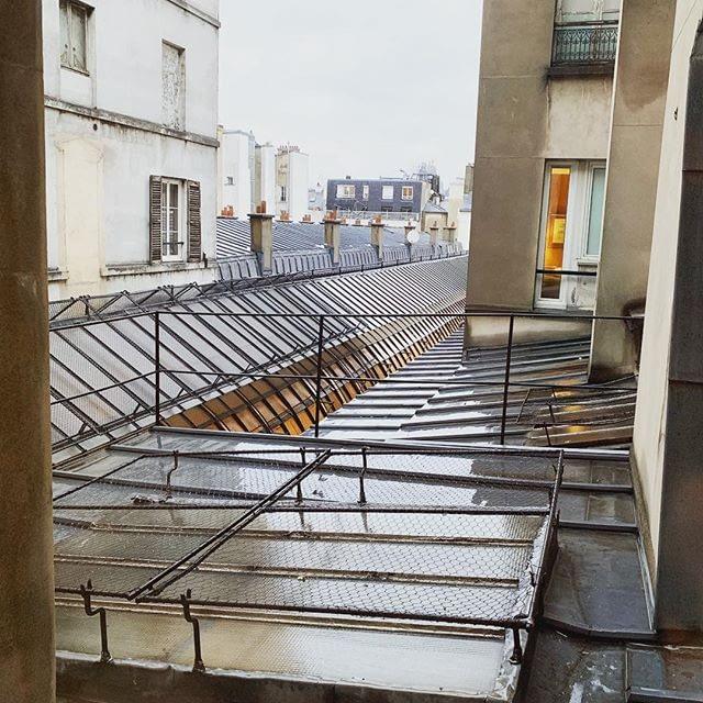 Au dessus du passage Jouffroy #Paris